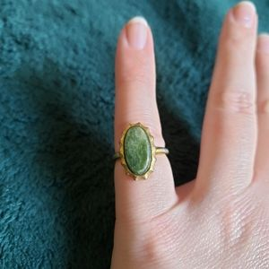 Green Oval Pendant Ring Size 7
